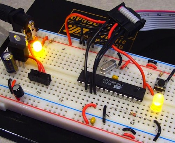 circuit-built-on-breadboard-make2explore